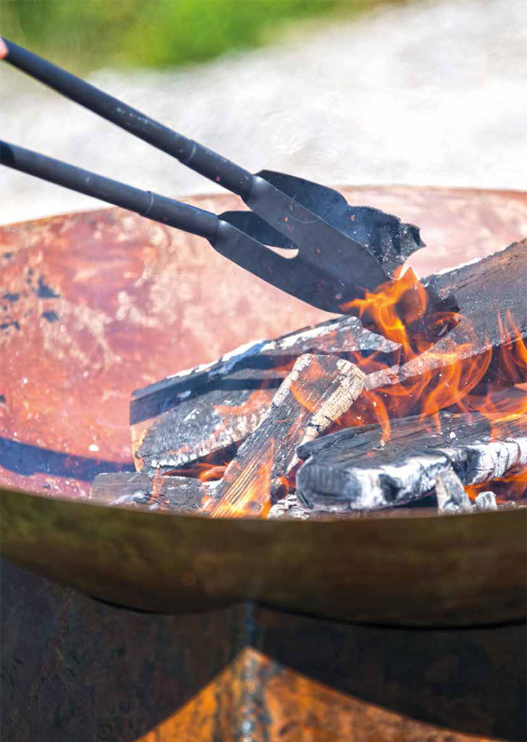Premout Fire Pit and Outdoor Fireplace Catalogue